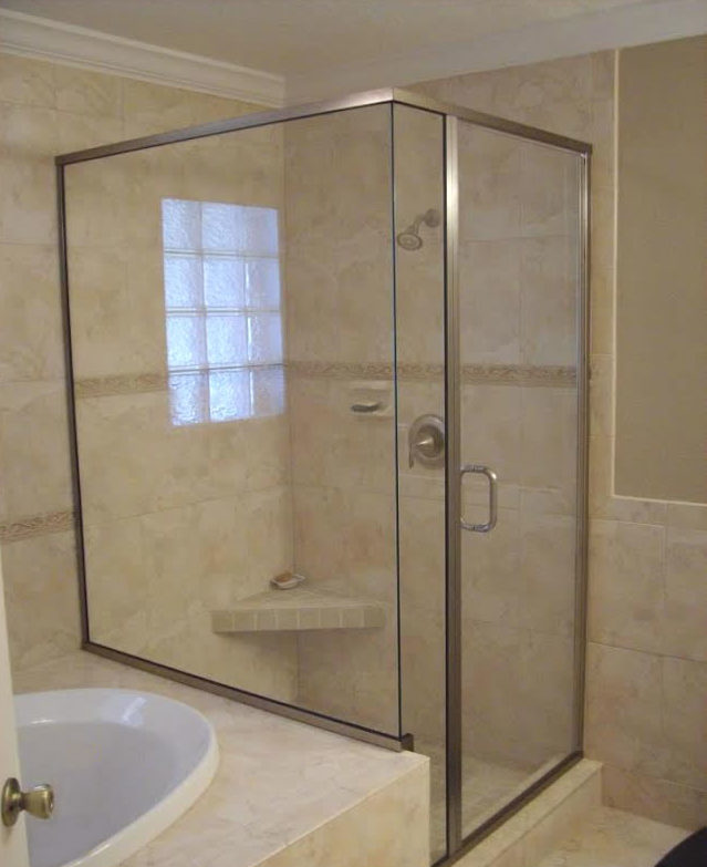 glass-shower-door semi frameless